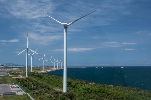 響灘風力発電施設(北九州市若松区) 土木ウォッチング